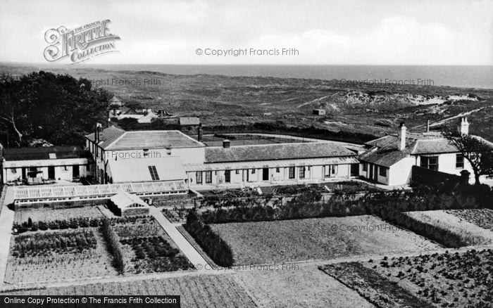 Photo of Winterton On Sea, Chalet Hotel c.1950