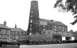 Leach's Mill c.1955, Wisbech