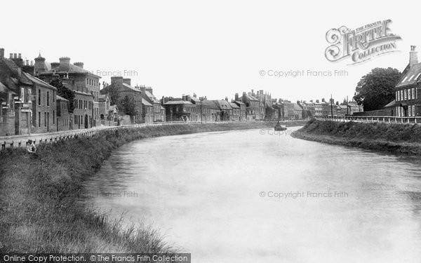 Photo of Wisbech, North Brink 1901