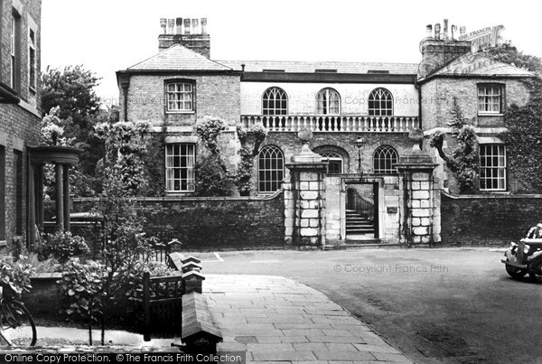 Photo of Wisbech, The Castle c.1955