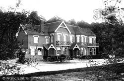 Wisley, Hut Hotel 1903