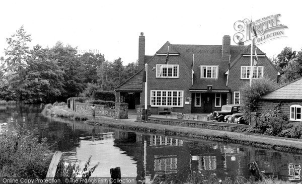 Photo of Wisley, The Anchor c.1955