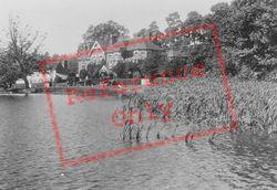 The Hut Hotel And Lake 1928, Wisley