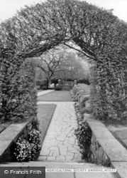 The Royal Horticultural Society Gardens c.1960, Wisley