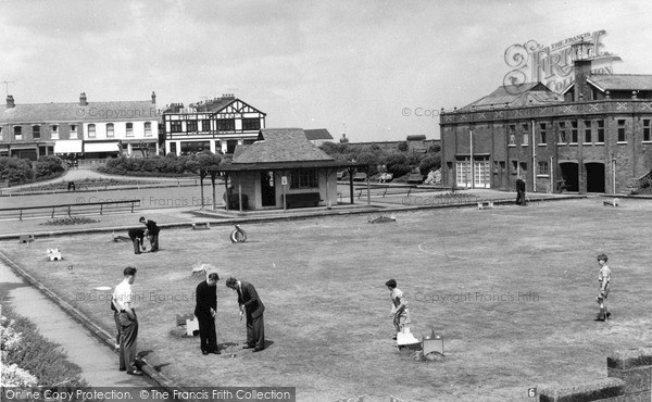 Photo of Withernsea, Crazy Golf Green c1960, ref. W177042