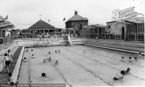 Photo of Withernsea, Swimming Pool c1965, ref. W177062