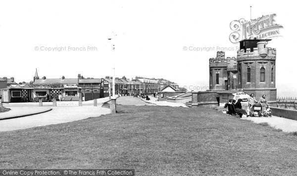 Photo of Withernsea, The Promenade c.1955