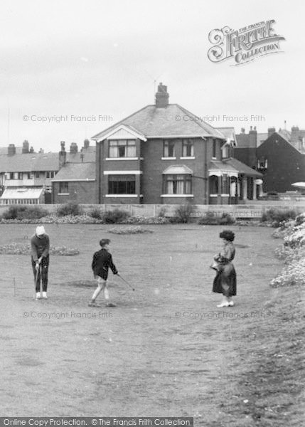 Photo of Withernsea, The Putting Green c.1955