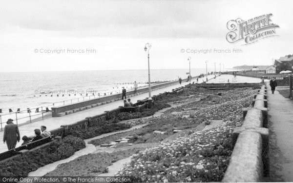 Photo of Withernsea, The South Promenade c.1955