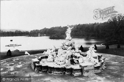 Witley, Lea Park, The Fountain 1906