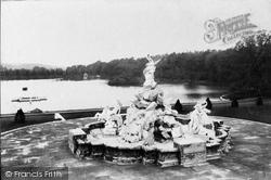 Lea Park, The Fountain 1906, Witley