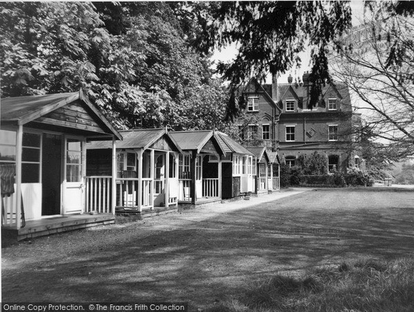 Photo of Witley, the Chalets, Enton Hall c1960