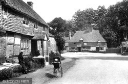 Witley, The White Hart 1906