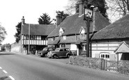 Witley, the White Hart Hotel c1955