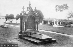 Whitaker Wright's Tomb 1906, Witley