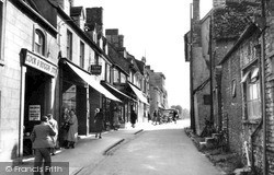 Witney, A Corner Of The Market Square c.1955