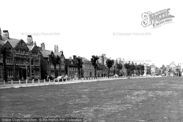 Photo of Witney, Church Green c.1960
