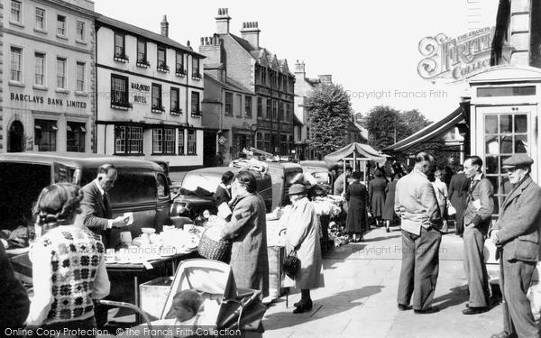 Photo of Witney, Market Day c.1955