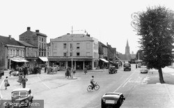 Witney, Market Square c.1950
