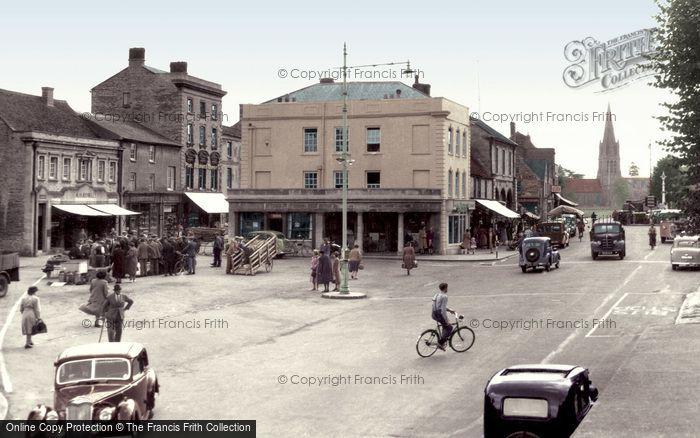 Photo of Witney, Market Square c.1950
