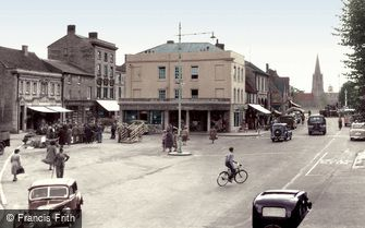Witney, Market Square c1950