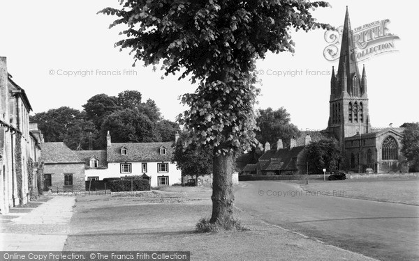 Witney, St Mary's Church c1950