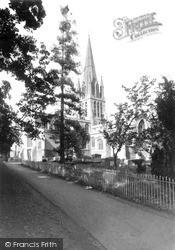 Witney, St Mary's Church c.1955