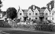 Witney, the Almshouses c1950