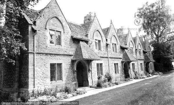 Photo of Witney, The Almshouses c.1955