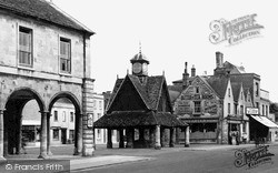 Witney, Town Hall And Butter Cross c.1950