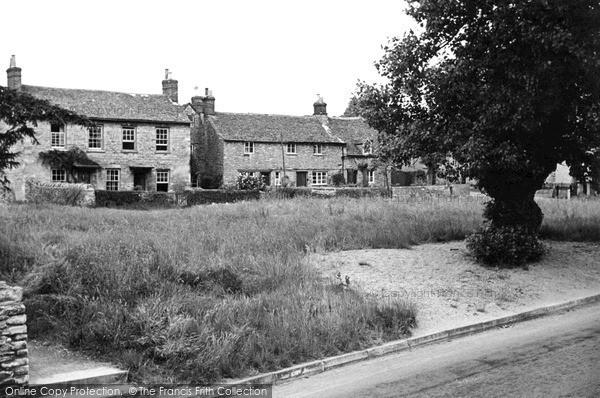 Photo of Witney, Wood Green c.1950
