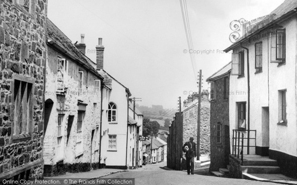 Photo of Wiveliscombe, Golden Hill c.1967