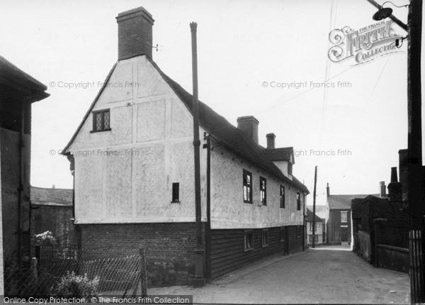 Photo of Wivenhoe, Garrison House c.1955