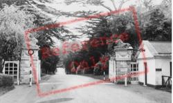Lion Lodge c.1955, Woburn Abbey