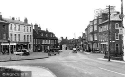 Woburn, High Street 1952