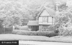 Woburn Sands, Henry Vii Lodge c.1960