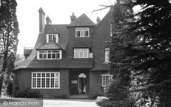 Woburn Sands, Homewood Convalescent Home c.1955