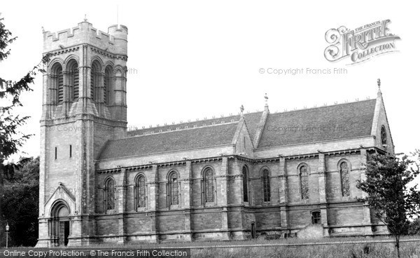 Photo of Woburn, St Mary's Church c.1955