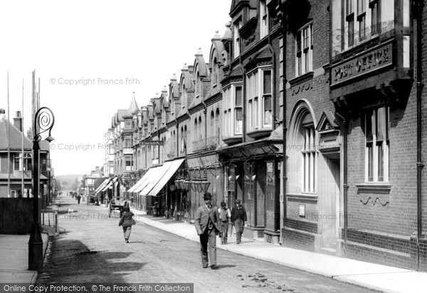 Photo of Woking, Chertsey Road 1898