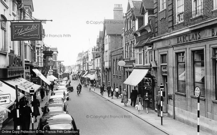 Photo of Woking, Chertsey Road c.1960