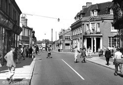 Woking, Commercial Road c.1955