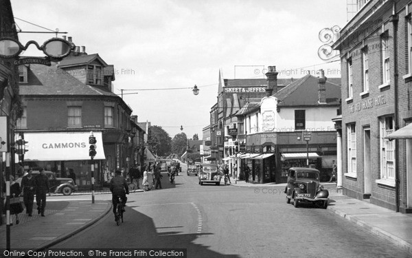 Photo of Woking, Red House Crossroads c.1955