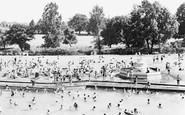 Woking, Swimming Pool c1965