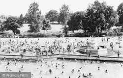 Woking, Swimming Pool c.1965