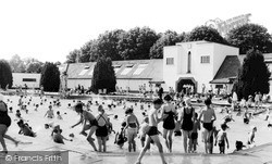 Woking, The Swimming Pool c.1955