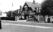 Woking, Victoria Hospital c1955