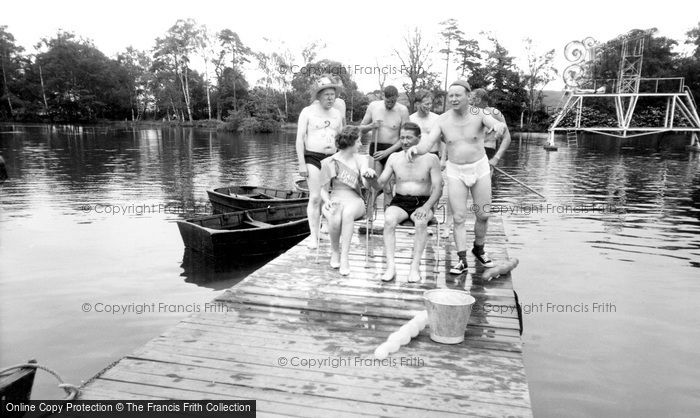 Photo of Wokingham, Fun at Lakeside Holidays, California c1960