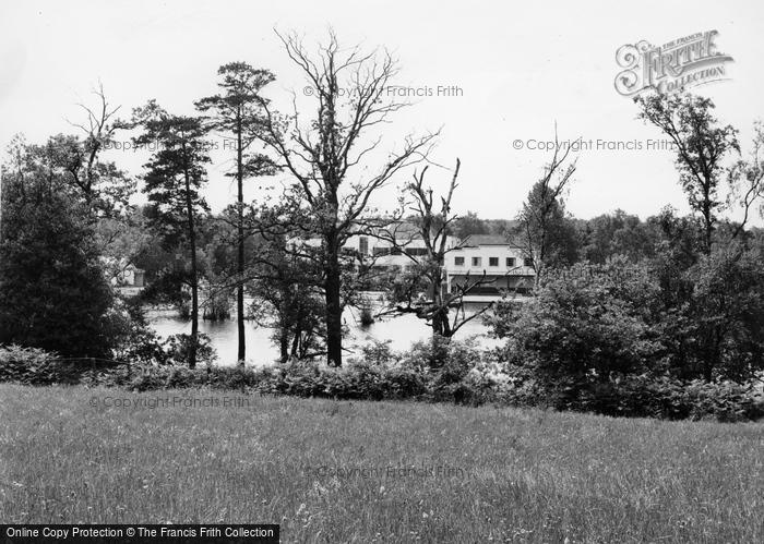 Photo of Wokingham, Lakeside Holidays, California In England c.1960