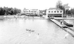 Wokingham, Longmoor Lake, Lakeside Holidays, California c.1960