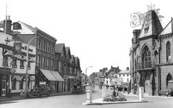 Wokingham, Market Place c.1955